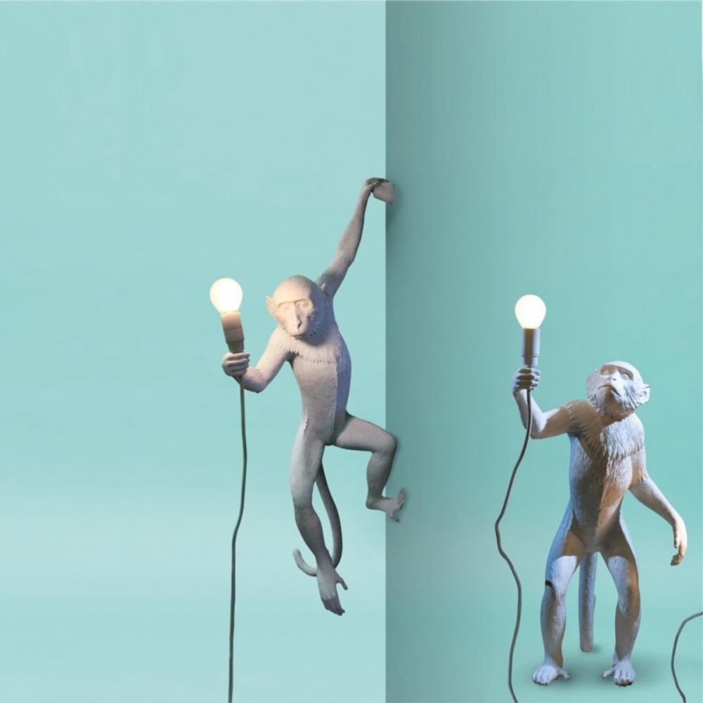 Lampada da parete monkey appesa for Lampada scimmia seletti